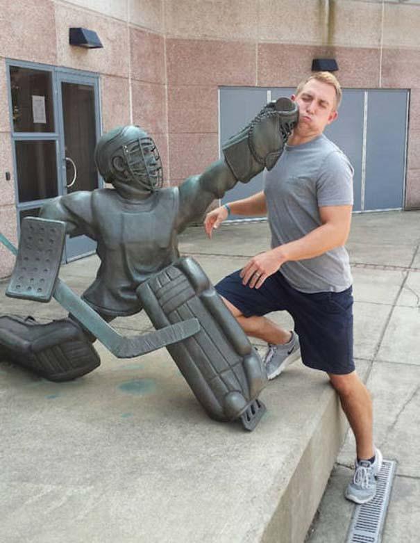 Ποζάροντας με αγάλματα #28 (7)