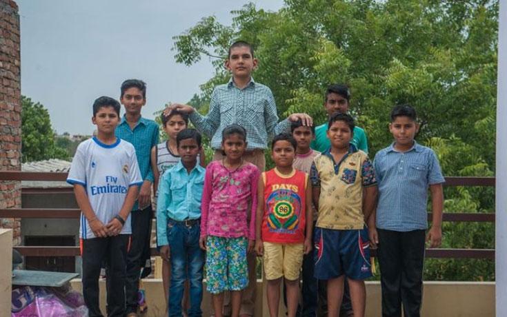 Το ψηλότερο αγόρι στον κόσμο (1)