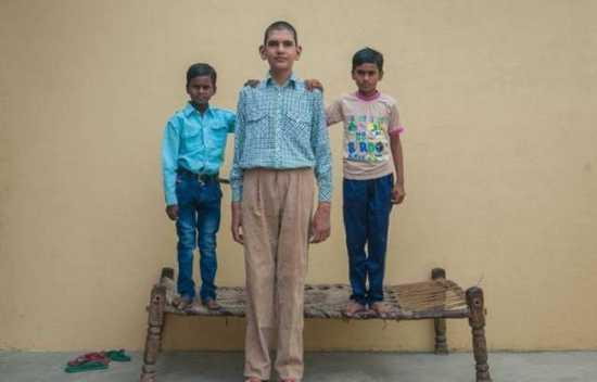 Το ψηλότερο αγόρι στον κόσμο (3)