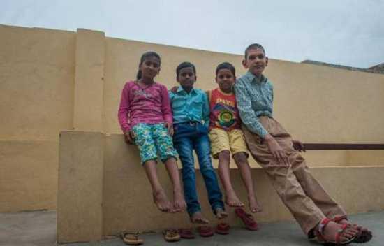 Το ψηλότερο αγόρι στον κόσμο (9)