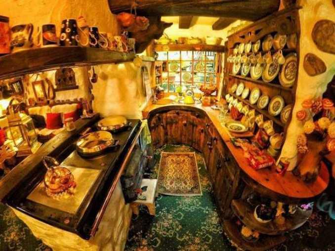 Σπίτι Χόμπιτ στη Σκωτία (9)