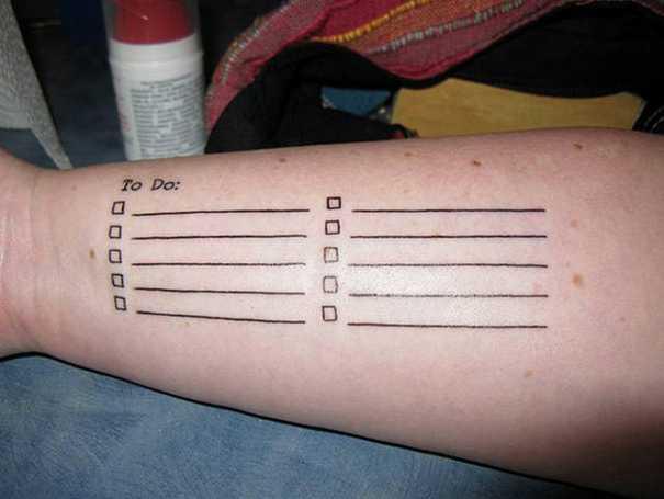 19 τατουάζ που προκαλούν... γέλιο! (1)