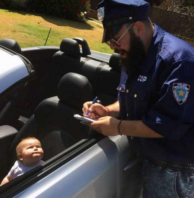 Τρελός μπαμπάς και η 9 μηνών κόρη του σε ξεκαρδιστικές φωτογραφίες (3)