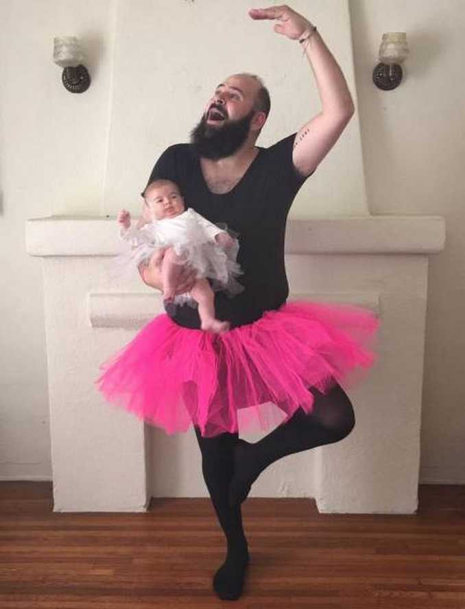 Τρελός μπαμπάς και η 9 μηνών κόρη του σε ξεκαρδιστικές φωτογραφίες (6)