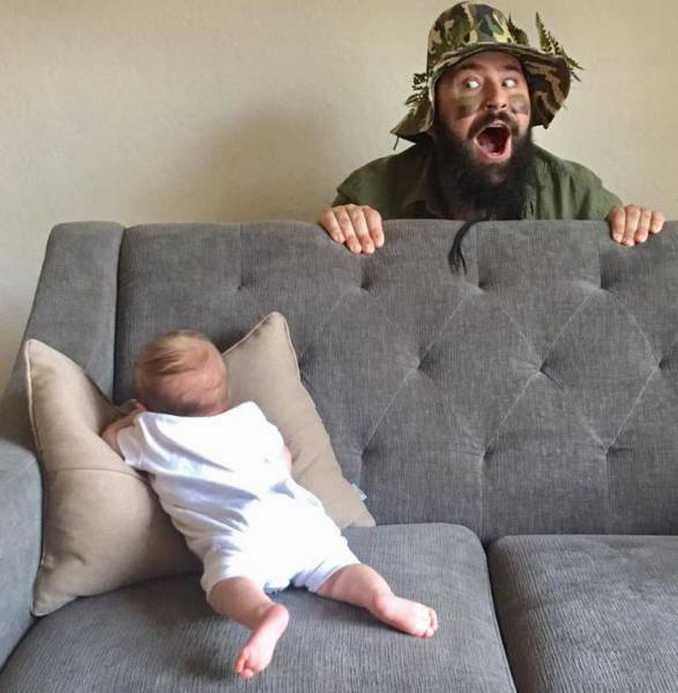 Τρελός μπαμπάς και η 9 μηνών κόρη του σε ξεκαρδιστικές φωτογραφίες (10)