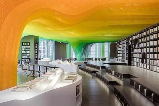 Ένα από τα πιο εντυπωσιακά βιβλιοπωλεία στον κόσμο (6)