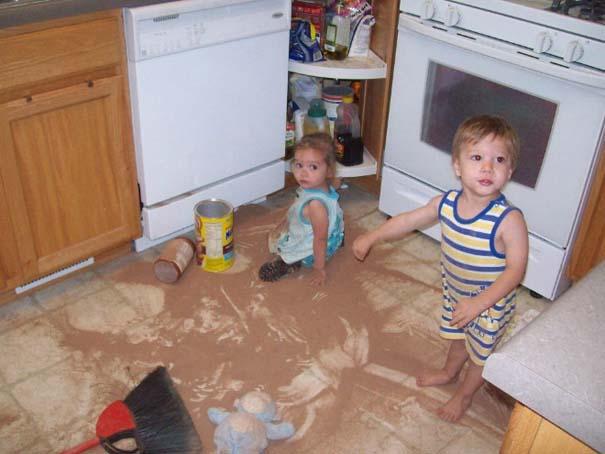 Αυτά συμβαίνουν όταν αφήσεις τα παιδιά μόνα τους για 1 λεπτό (14)