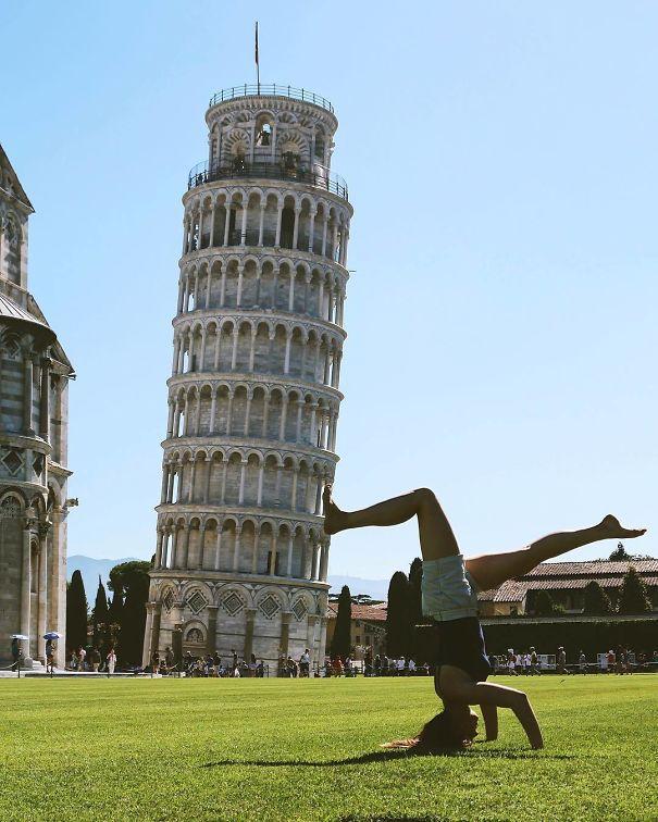 Ποζάροντας με τον Πύργο της Πίζας (16)