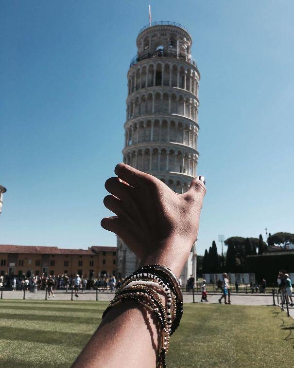 Ποζάροντας με τον Πύργο της Πίζας (17)