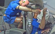 Crash test με επιβάτη χωρίς ζώνη ασφαλείας στο πίσω κάθισμα
