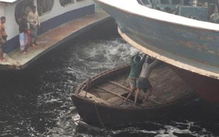 Εικόνες καθημερινού χάους σε λιμάνι του Μπαγκλαντές