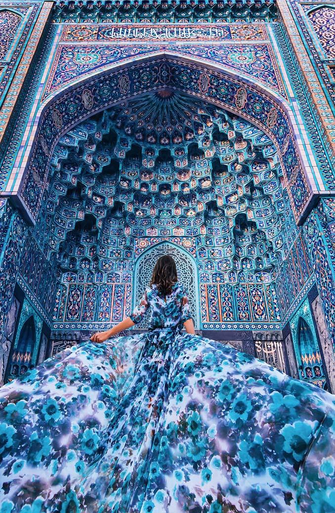 Φωτογραφίζοντας γυναίκες με φορέματα στα πιο όμορφα μέρη του κόσμου (1)