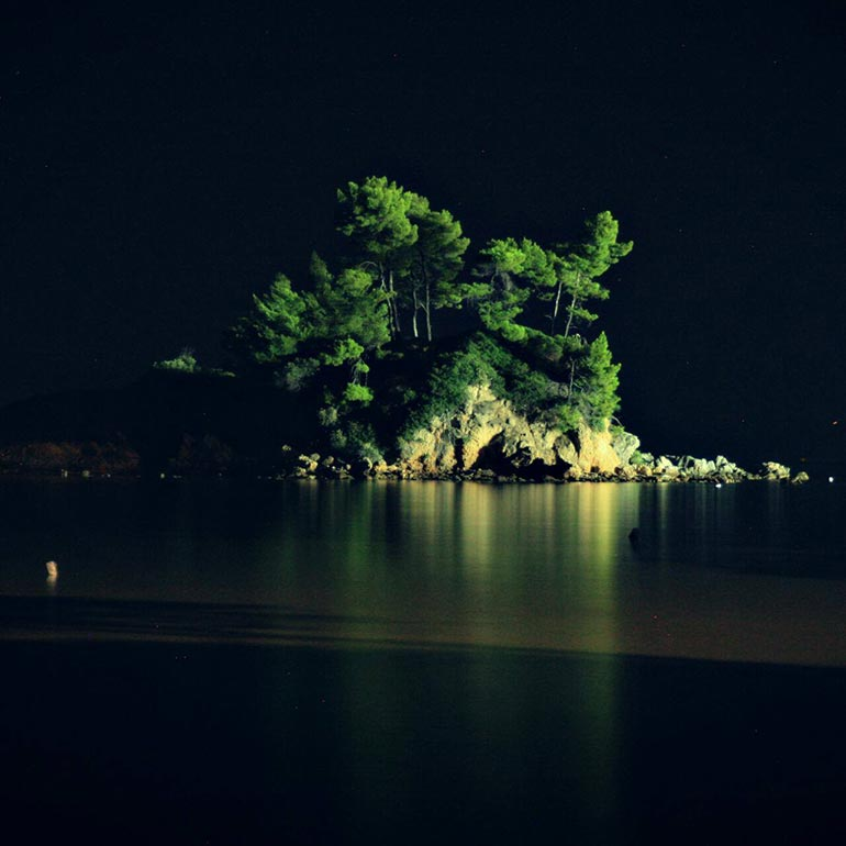 Νυχτερινή φωτογράφηση στα Ελληνικά Εύβοιας | Φωτογραφία της ημέρας