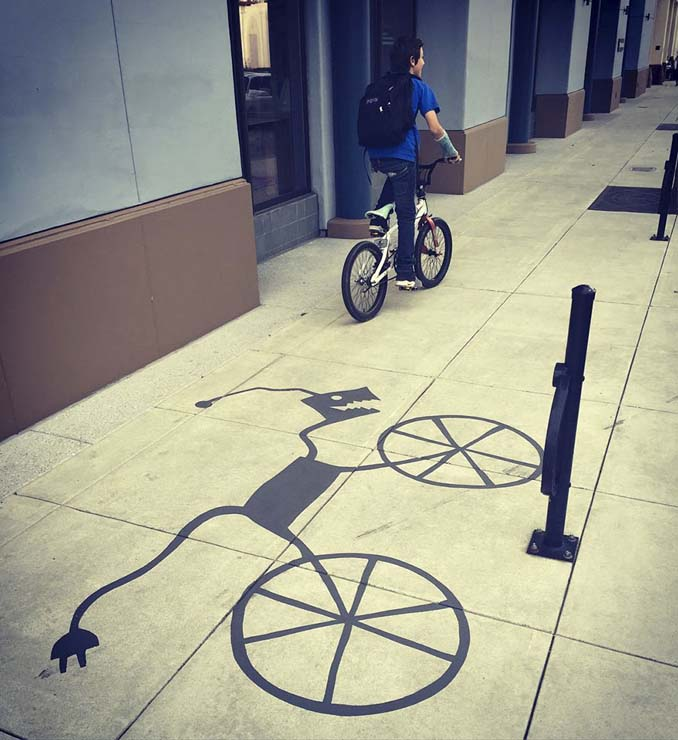 Street artist σχεδίασε ψεύτικες σκιές για να μπερδέψει τους περαστικούς (19)