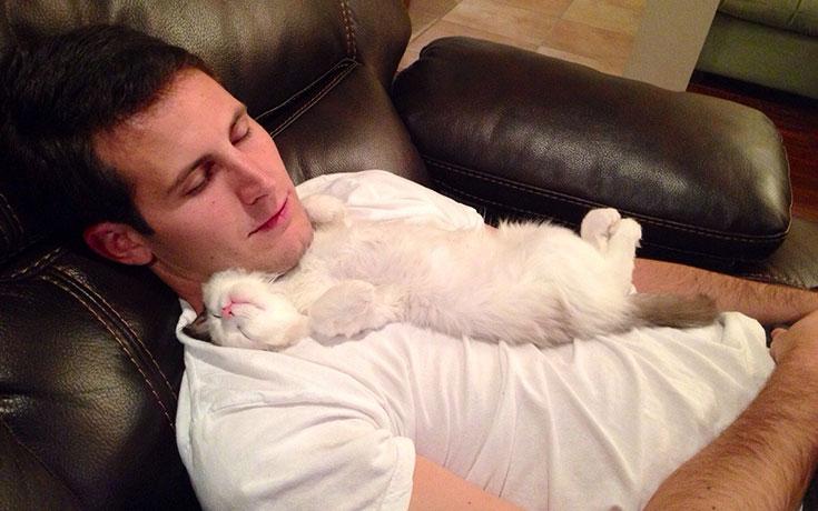 Άνθρωποι που δεν ήθελαν γάτα (1)