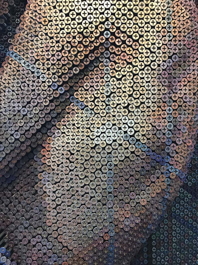 Καλλιτέχνης δημιουργεί εντυπωσιακά πορτρέτα χρησιμοποιώντας 20.000 βίδες (8)