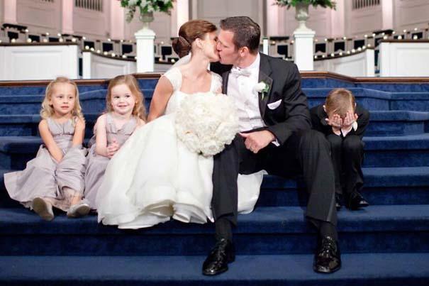 Ξεκαρδιστικές φωτογραφίες παιδιών σε γάμους (7)