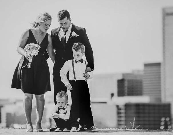 Ξεκαρδιστικές φωτογραφίες παιδιών σε γάμους (10)
