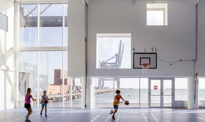 Το μεγαλύτερο σχολείο της Κοπεγχάγης καλύφθηκε ολοκληρωτικά από 12.000 ηλιακά πάνελ (2)