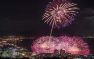 Φωτογράφος απαθανατίζει την ομορφιά των πυροτεχνημάτων στην Ιαπωνία (2)
