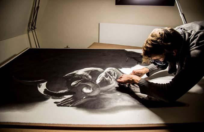Τεράστια υπερρεαλιστικά έργα τέχνης με μολύβι από τον Jono Dry (1)