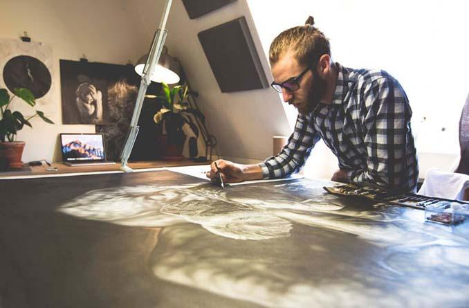 Τεράστια υπερρεαλιστικά έργα τέχνης με μολύβι από τον Jono Dry (7)