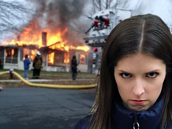 Η τρομακτική Anna Kendrick με την κουκουβάγια της προκάλεσαν ξεκαρδιστικό Photoshop Battle (8)