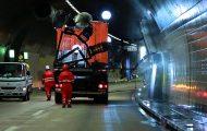 Το εντυπωσιακό μηχάνημα που καθαρίζει τα τούνελ