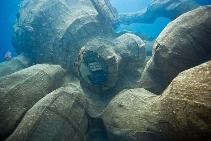 Αυτό το γιγαντιαίο χταπόδι θα βοηθήσει στη δημιουργία ενός τεχνητού κοραλλιογενή υφάλου (10)