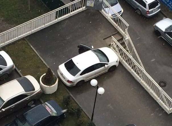 Όταν το παρκάρισμα ξεπερνάει το αυτονόητο (2)