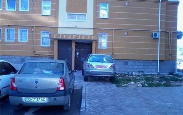 Όταν το παρκάρισμα ξεπερνάει το αυτονόητο (10)