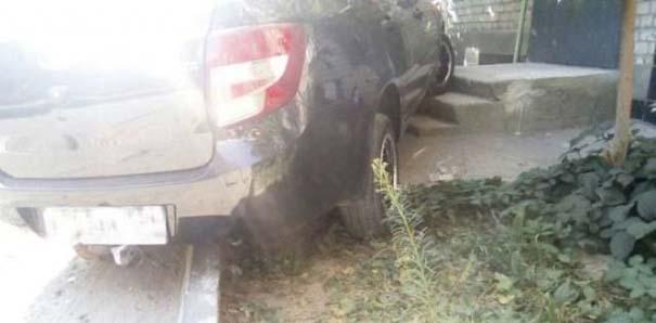 Όταν το παρκάρισμα ξεπερνάει το αυτονόητο (11)