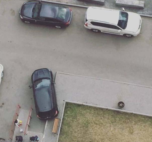Όταν το παρκάρισμα ξεπερνάει το αυτονόητο (20)