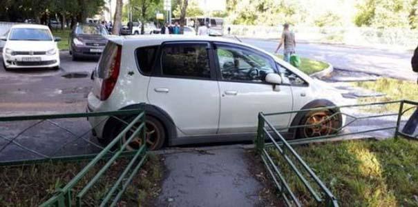 Όταν το παρκάρισμα ξεπερνάει το αυτονόητο (23)