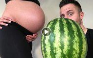 Πατέρας παρουσιάζει το μέγεθος του αγέννητου παιδιού του ανά εβδομάδα