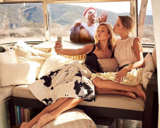 Photoshop troll συνεχίζει να εισβάλει με ξεκαρδιστικό τρόπο σε φωτογραφίες διασήμων (2)