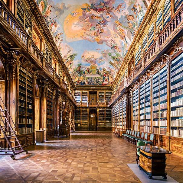 Φωτογράφος καταγράφει τις πιο όμορφες βιβλιοθήκες του κόσμου (4)