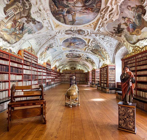 Φωτογράφος καταγράφει τις πιο όμορφες βιβλιοθήκες του κόσμου (5)