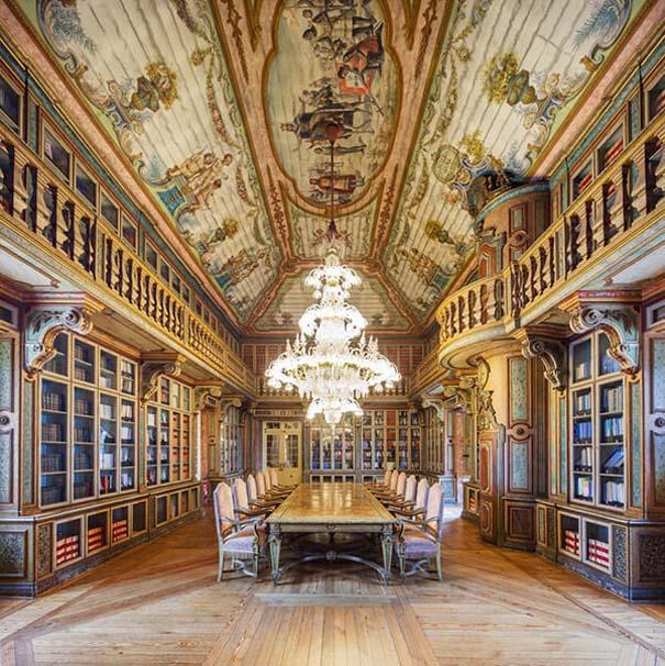 Φωτογράφος καταγράφει τις πιο όμορφες βιβλιοθήκες του κόσμου (7)