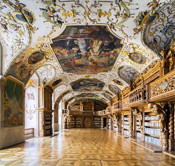 Φωτογράφος καταγράφει τις πιο όμορφες βιβλιοθήκες του κόσμου (8)
