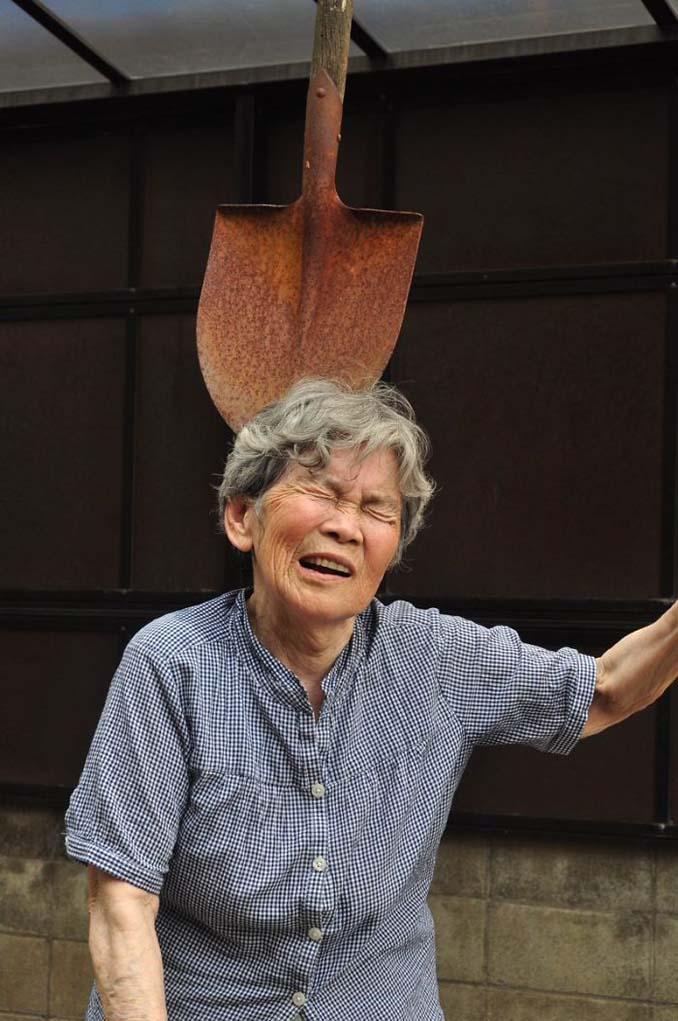 89χρονη γιαγιά από την Ιαπωνία ανακάλυψε τη φωτογραφία και ποζάρει για ξεκαρδιστικά πορτρέτα (4)