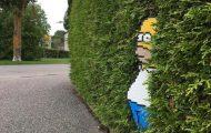 Καλλιτέχνης βάζει διασκεδαστικές πινελιές στα πιο απρόσμενα σημεία με Pixel Art (1)