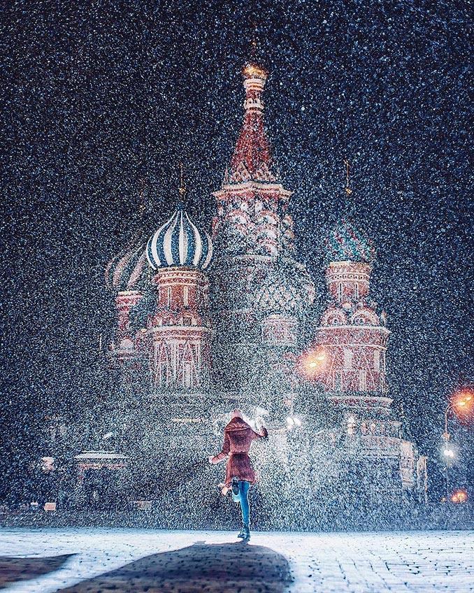 Χορεύοντας εν μέσω χιονόπτωσης | Φωτογραφία της ημέρας