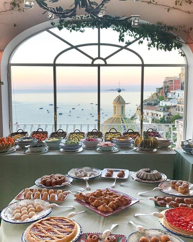 Πρωινό στο Positano της Ιταλίας | Φωτογραφία της ημέρας