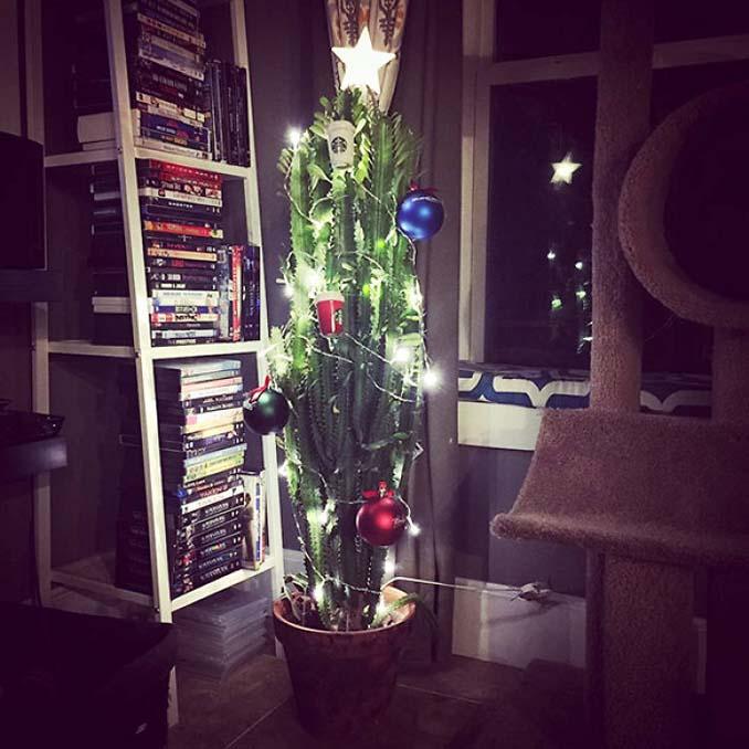 Πως να σώσετε το χριστουγεννιάτικο δέντρο από τα κατοικίδια (12)