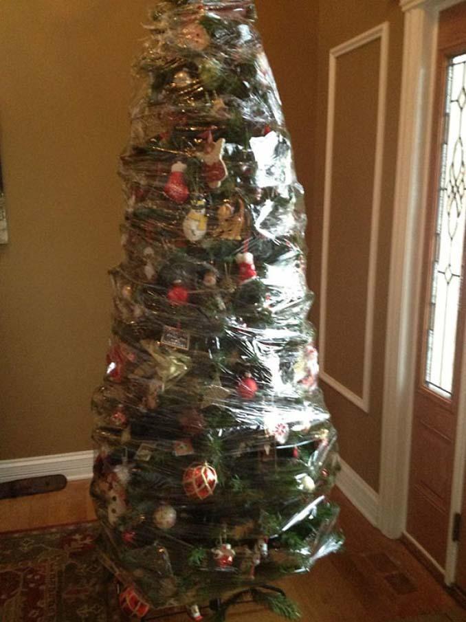 Πως να σώσετε το χριστουγεννιάτικο δέντρο από τα κατοικίδια (14)