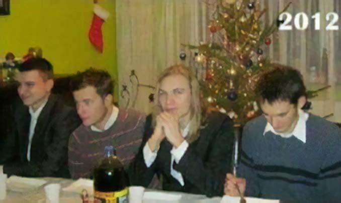 4 φίλοι βγάζουν την ίδια χριστουγεννιάτικη φωτογραφία κάθε χρόνο από το 2009 (3)