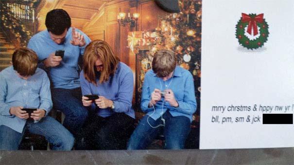 Άνθρωποι πόζαραν για ξεκαρδιστικές χριστουγεννιάτικες κάρτες (14)