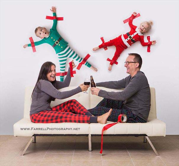 Άνθρωποι πόζαραν για ξεκαρδιστικές χριστουγεννιάτικες κάρτες (15)