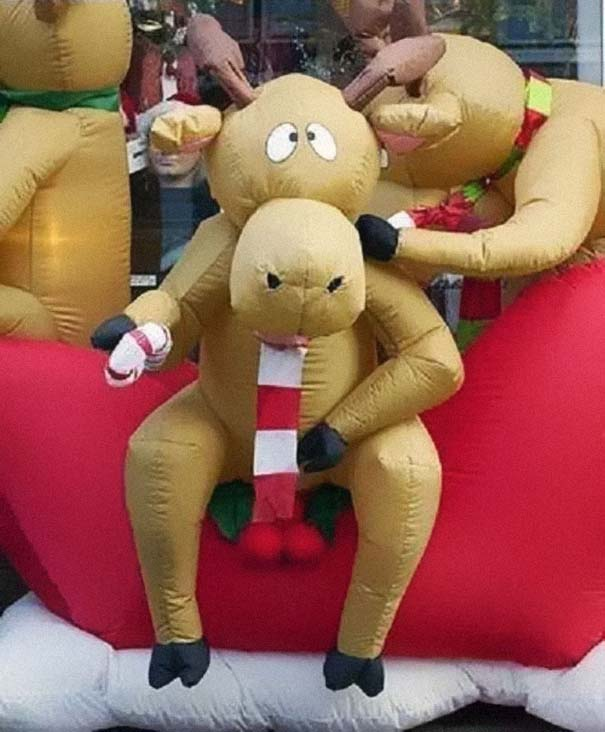 Απίστευτες κι όμως αληθινές χριστουγεννιάτικες σχεδιαστικές γκάφες (16)